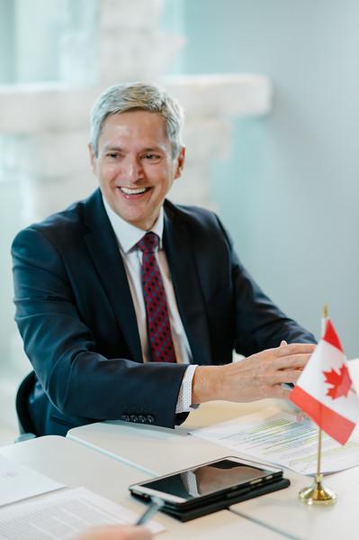 加拿大駐台北貿易辦事處 代表 馬禮安 | 人物形象