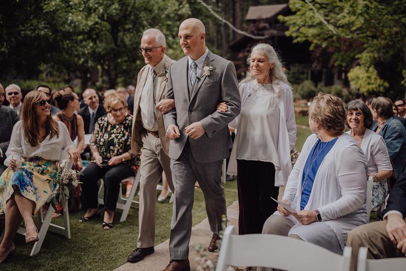 2018-05-12_ROEDER_JulieSeth_Wedding_ROEDER1_0081.jpg