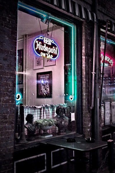 Arnolds Bar and Grill Jan 2011