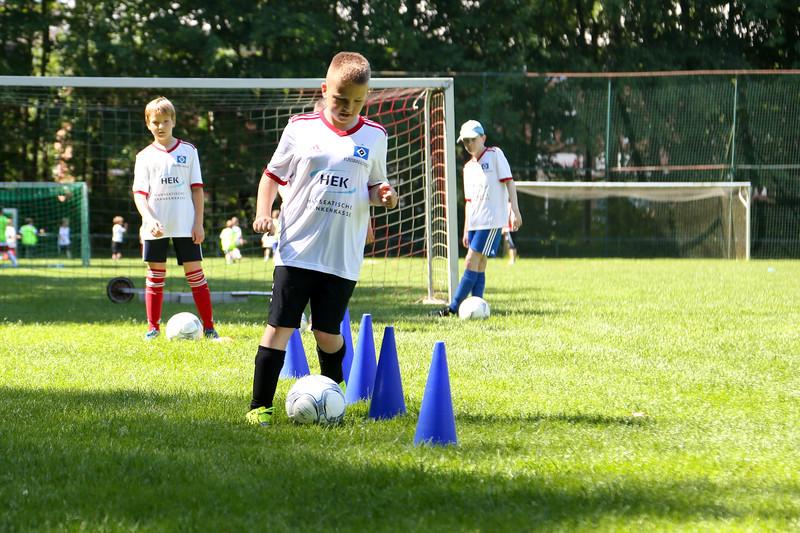 hsv_fussballschule-306_48047994833_o.jpg