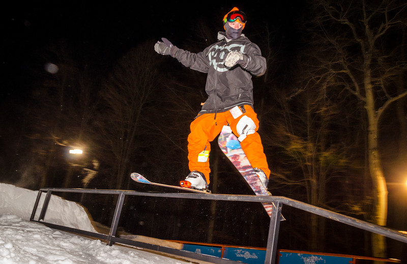 Nighttime-Rail-Jam_Snow-Trails-140.jpg