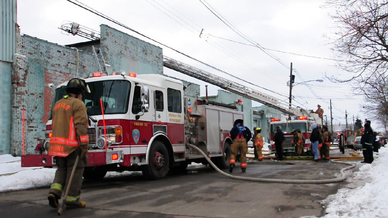 """HD Video - Engine 35/Ladder 15  Click on """"play"""" button to watch!"""