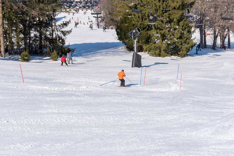 Standard-Race_2-3-18_Snow-Trails-73386.jpg