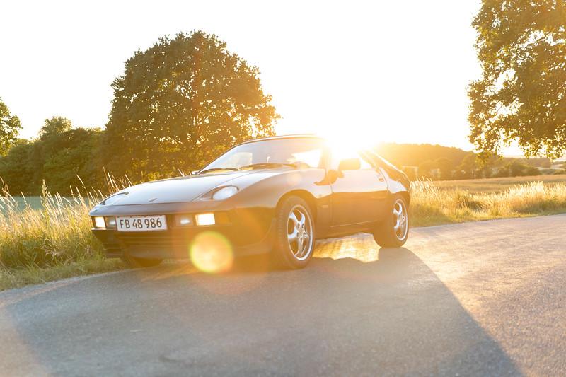Porsche 928 sunset.jpg