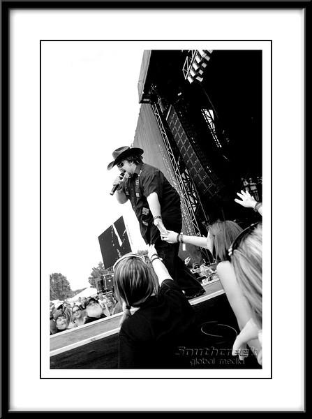 Colt Ford 2011 Rapids Jam
