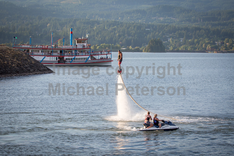 Gorge Flyboard