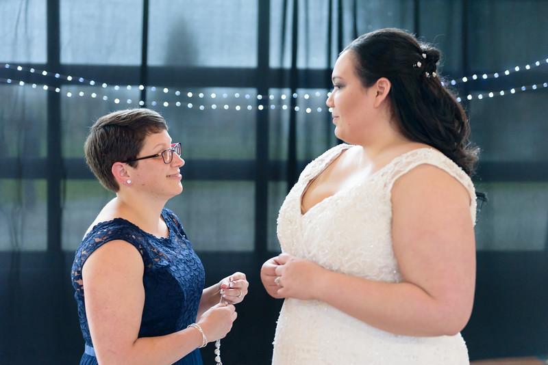 Bride&Bridesmaids_44.jpg