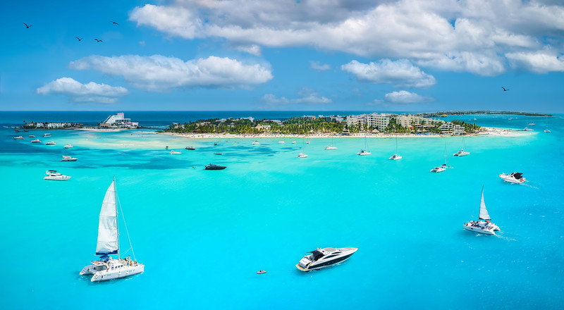 sailings in the caribbean islands