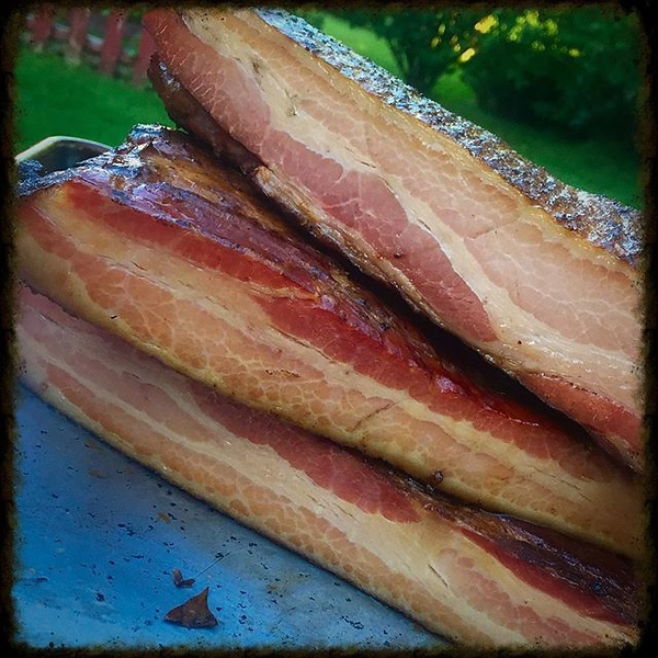 Five years after my first @BlogHer Food where I watched @ruhlman teach us how to cure and cook/smoke our own bacon, I did it! And it couldn't have been simpler!
