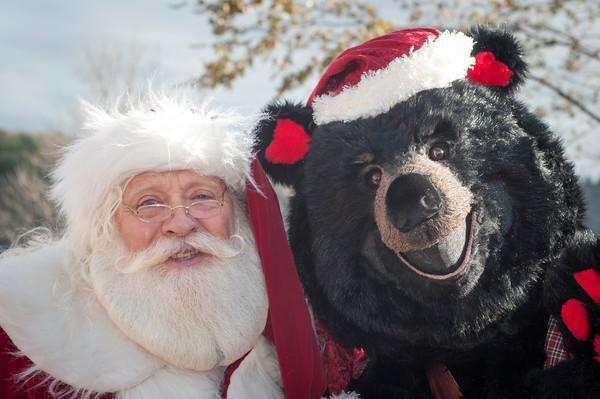 2015 Jinglefest Portraits with Santa