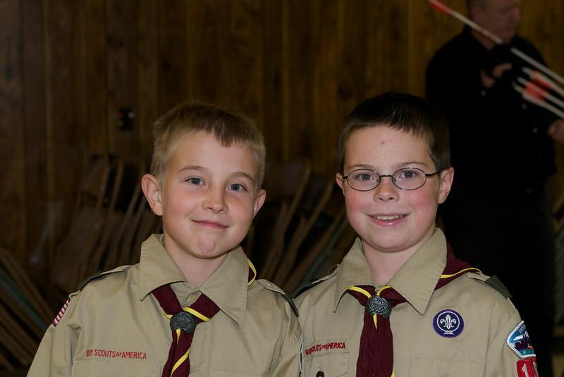 Boy Scout Archery mtg  2009-10-14  3.jpg