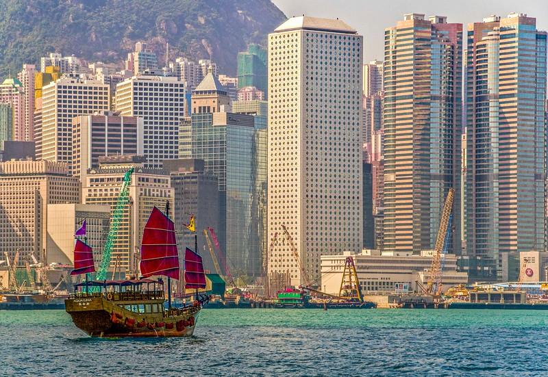 HongKongHarbor-14.jpg
