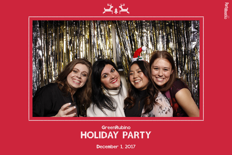 PR Firm GreenRubino Celebrates the Holidays in Seattle with PartyBoothNW - Tonight We PartyBooth!