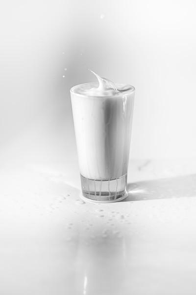 20200208-bw-milksplash-0201.jpg
