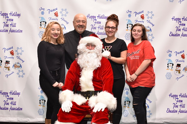 Pictures With Santa 2017