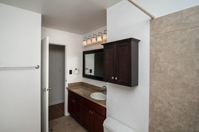 Bathroom (2 of 2).jpg