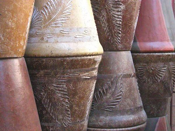 390-31-clay_pots.JPG