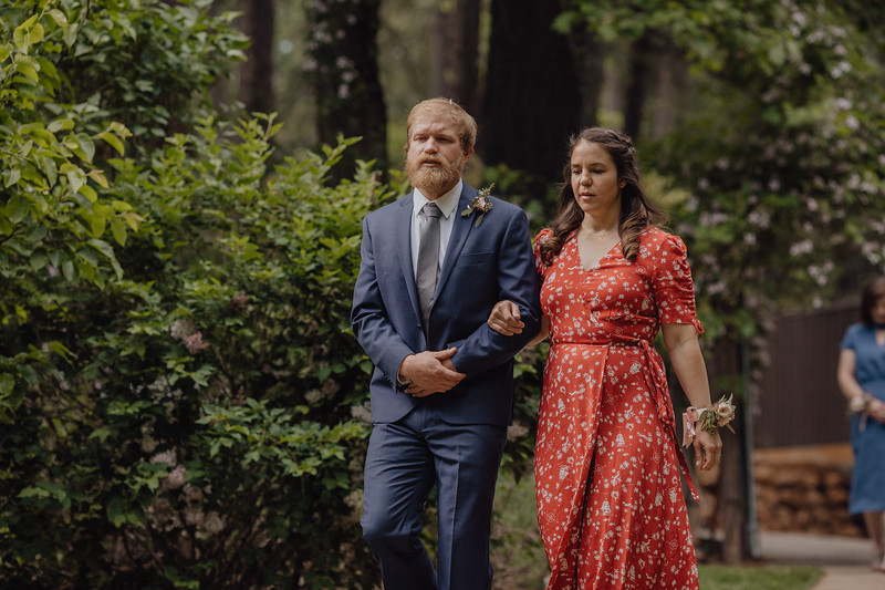 2018-05-12_ROEDER_JulieSeth_Wedding_DUSTIN1_0047.jpg