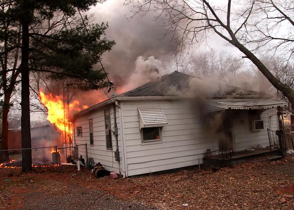 2018    House Fire -  904 S PROMENADE