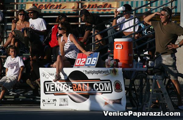 08.09.08.  Venice Beach Basketball League. VBL.  www.veniceball.com.  Photos by Venice Paparazzi