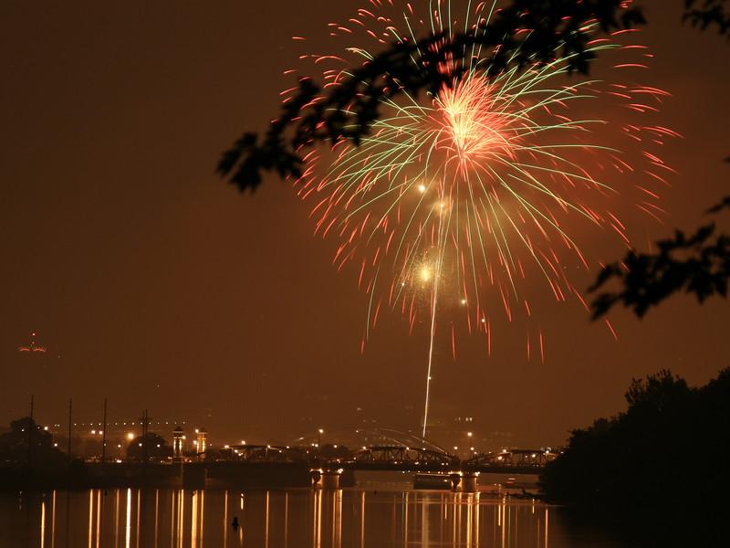 fireworks_07_07042007.jpg