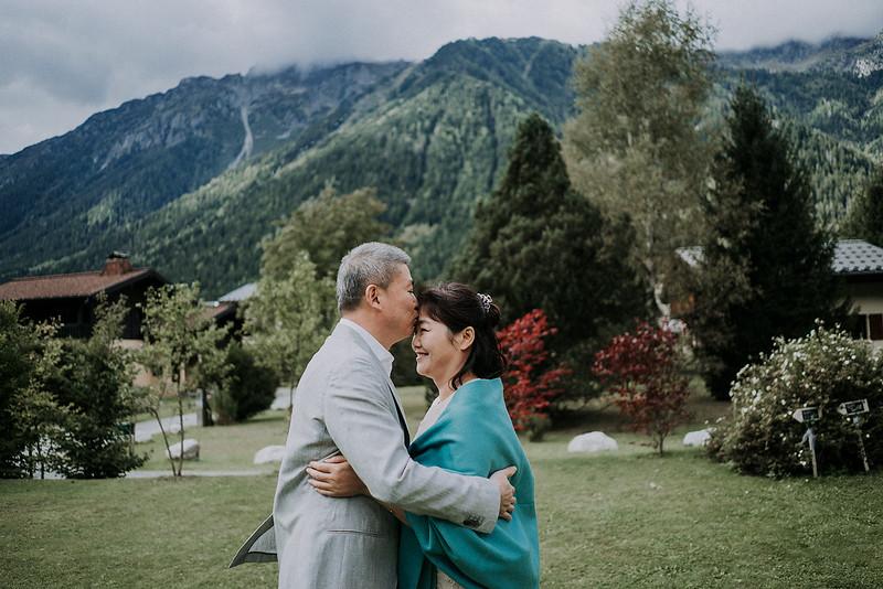 Tu-Nguyen-Destination-Wedding-Photographer-Chamonix-French-Alps-Paul-Hua-Yu-187.jpg