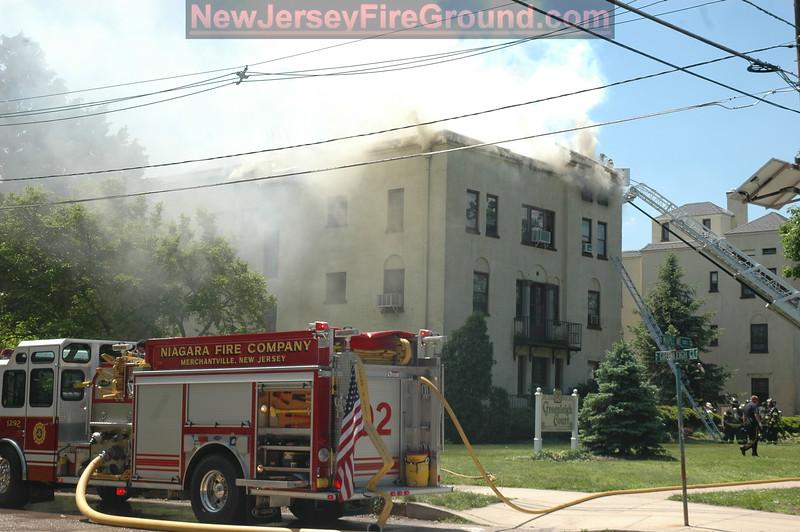 5-4-2010)Camden County)MERCHANTVILLE 210 E. Maple Ave-4th Alarm Apartment