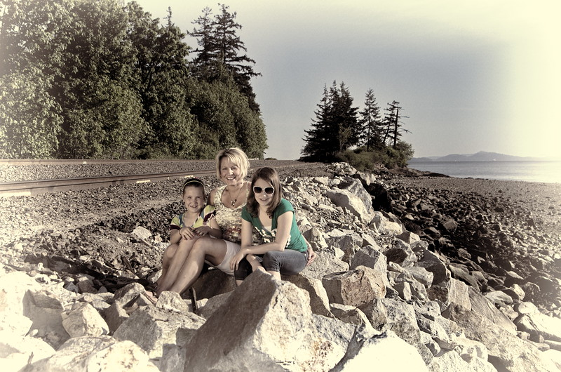 Audrey and Kids 2012 068 5 by 7.jpg
