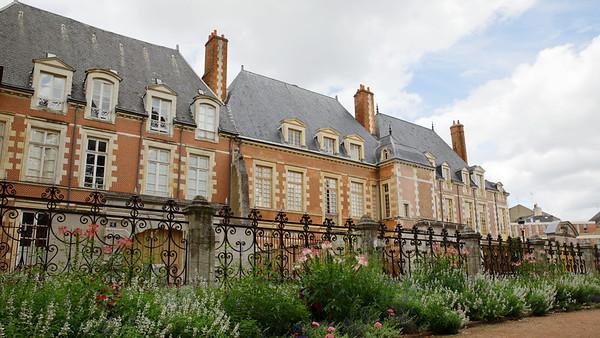Architecture rue d'Escure - Orléans -