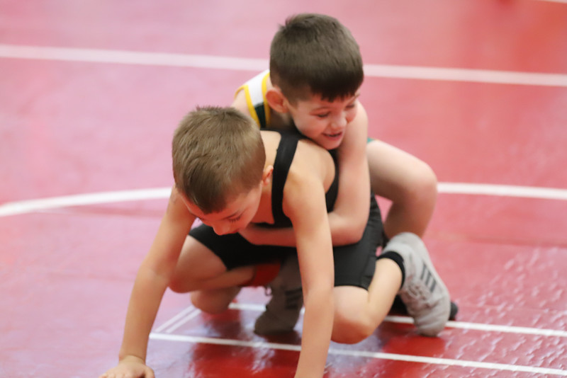 Little Guy Wrestling_4175.jpg