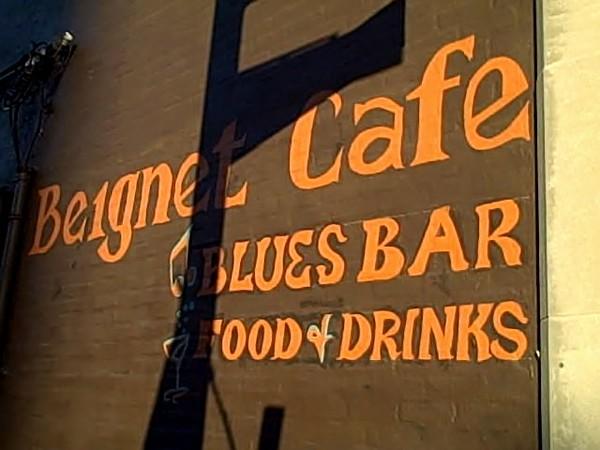 Beignet cafe, Parade Day.jpg