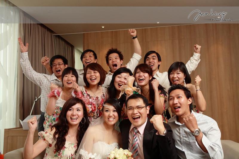 Siang Loong & Siew Leng Wedding_2009-09-25_0442.jpg