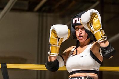 Crusher vs Lieseke - Muay Thai Fight Night IV