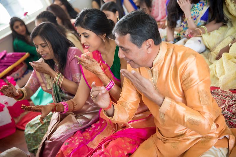 Hina_Pithi_Pooja-415.jpg