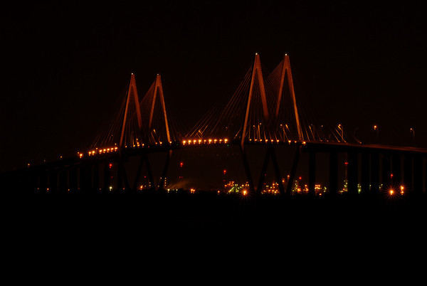 Fred Hartman Bridge / Port