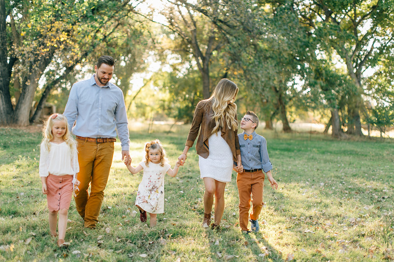 Leany Family-3.jpg