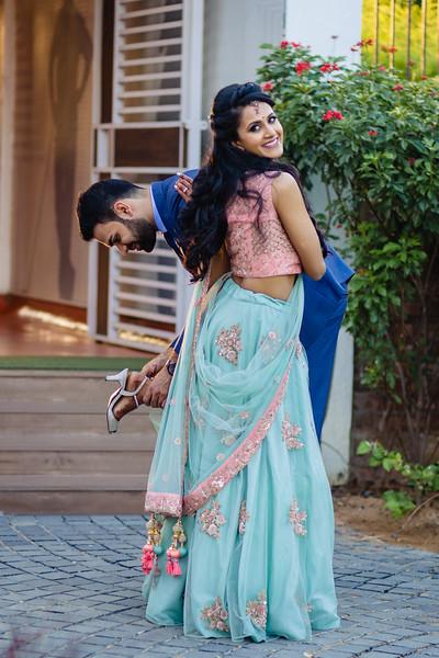 Candid Wedding Photographer Ahmedabad-1-83.jpg