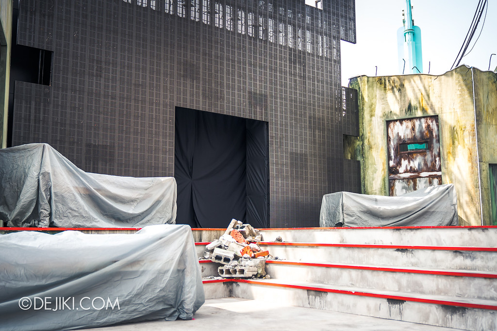 Universal Studios Singapore Halloween Horror Nights 8 / Infinite Fear opening scaremony stage side