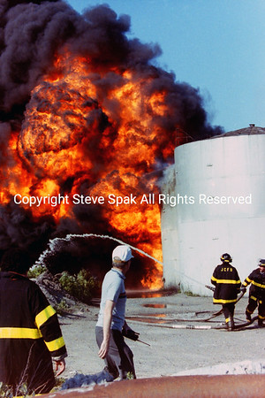 May 29, 1989- Jersey City, 4th Alarm Oil Yard fire