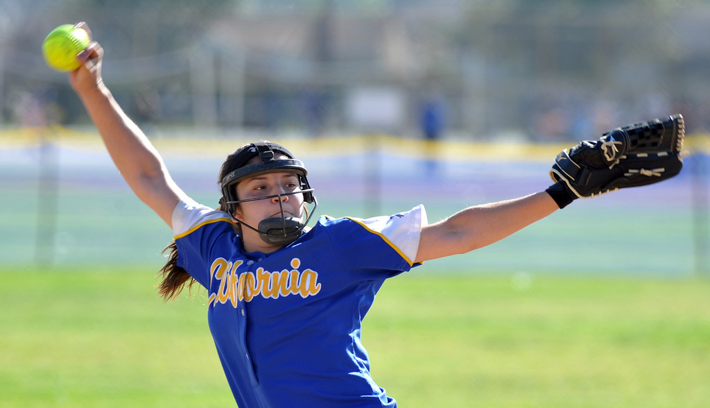 . California\'s Mariah Salazar (#19) makes a pitch as they play Bell Gardens in their non-league game at California High School in Whittier on Thursday March 14, 2013. California beat Bell Gardens 10-0 in five innings. (SGVN/Staff Photo by Keith Durflinger)