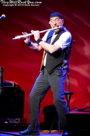 An Evening With Jethro Tull's Ian Anderson <br>  November 18, 2010 <br>The Calvin Theater - Northampton, MA <br> Photos by: Dave Barnum