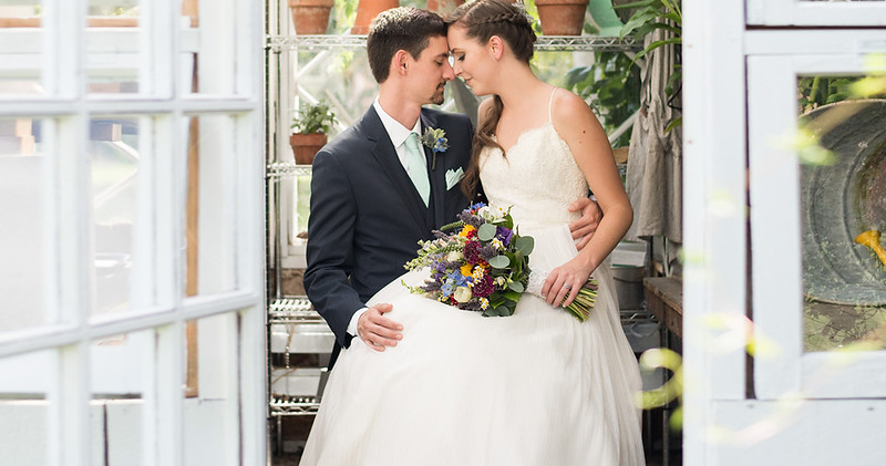 knoxville-2-wedding-photographers-cover(13 of 21).jpg