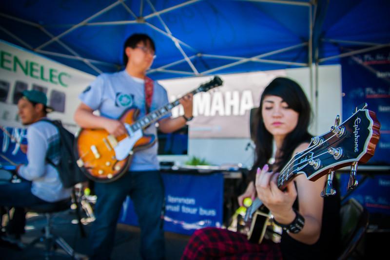 2014_04_24, Pomona, CA, Cal Poly Pomona, Tents, Epiphone