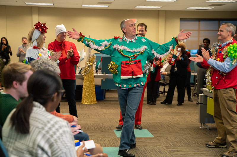 Resource Group Holiday Party 2019-00762.jpg