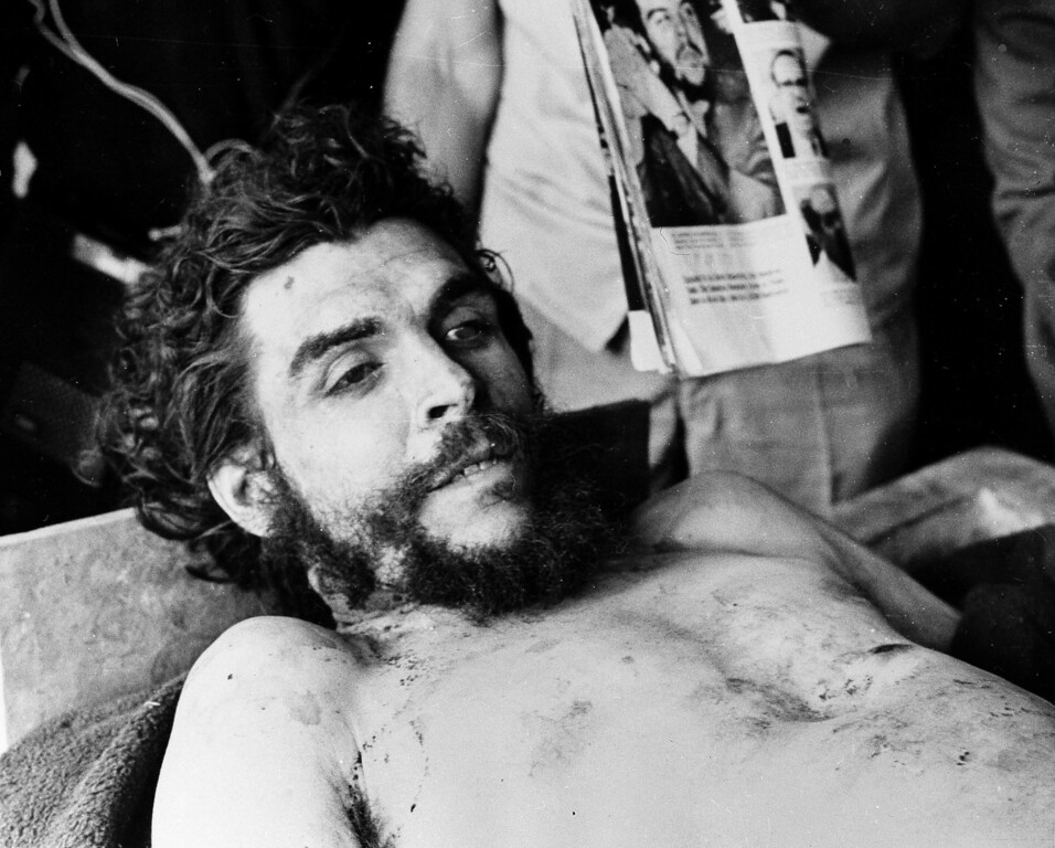 ". Cuban revolutionary and former right hand man of Fidel Castro, Ernesto ""Che\"" Guevara\'s body is seen in Oct. 1967 after he was shot to death in Bolivia. (AP Photo)"