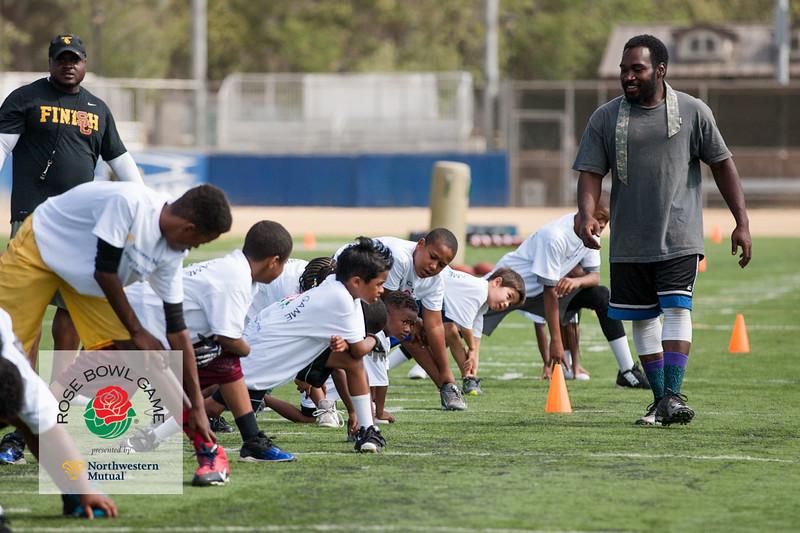 2015 Rosebowl Youth Football Clinic_0064.jpg