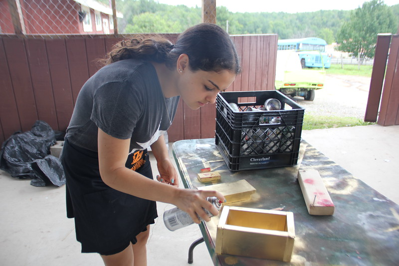 kars4kids_thezone_camp_GirlDivsion_workshops_WoodWorking (57).JPG