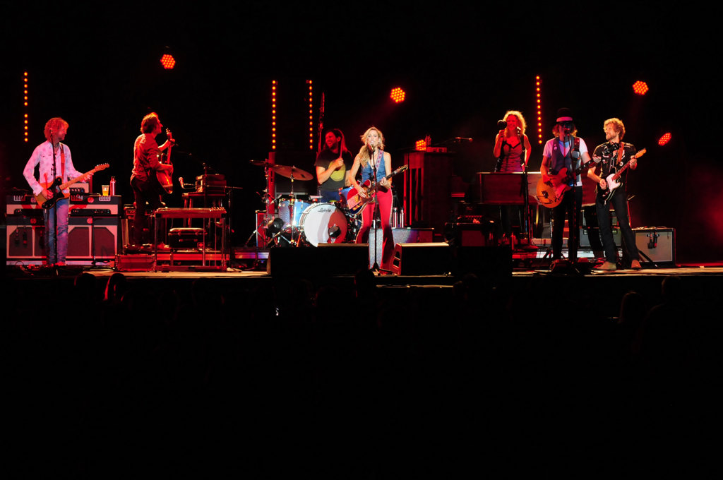 """. Sheryl Crow and her band perform \""""All I Wanna\"""" at the Minnesota State Fair Grandstand Sunday night.  (Pioneer Press: Scott Takushi)"""