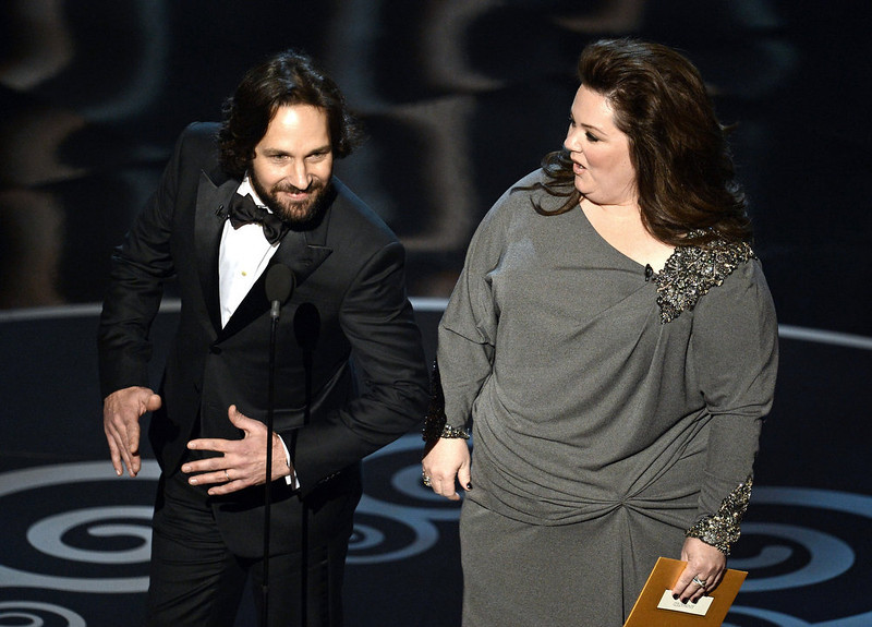 . Actor Paul Rudd and actress Melissa McCarthy present onstage during the Oscars held at the Dolby Theatre on February 24, 2013 in Hollywood, California.  (Photo by Kevin Winter/Getty Images)
