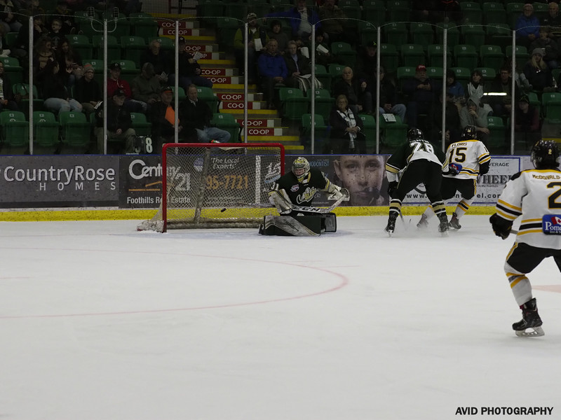 Okotoks Oilers Jan1.2020 vs Olds Grizzlies (104).jpg